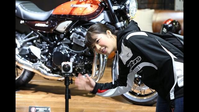 画像: 【オートバイ】梅本まどかの自撮りで360度!(東京モーターショー2017 カワサキブース編) youtu.be