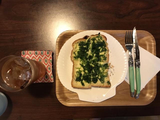 画像: 500円なり。 そして、大正解!めちゃうま!海藻と、チーズとパンがミスマッチだけど、癖になりそう。