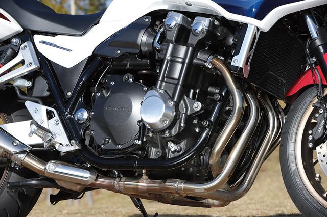画像: 排ガス規制対応をしながら9PSものパワーアップを果たし、110PSとなったエンジン。スリッパークラッチも追加装備された。