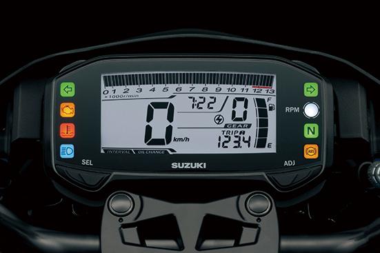 画像: 軽量コンパクトなフル液晶メーター。スピードメーターをはじめ、タコメーター、距離計、燃費計、ギアポジションなど多彩な機能を備える。
