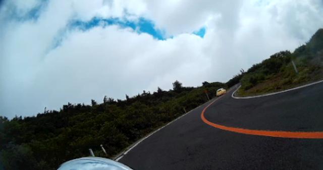 画像: 福島〜宮城ツーリングではこれが最初で最後の青空でした。