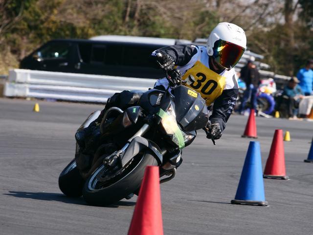 画像: NO級17位 須賀久司選手&Z1000 1分45秒879