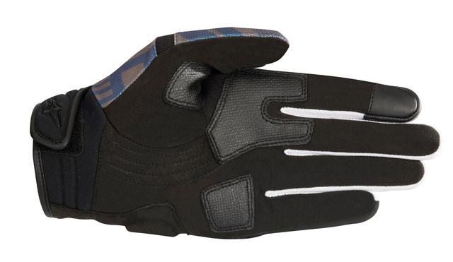 画像: サイドと掌部分には補強パッチが施され、親指と掌部分には補強材が装備されている