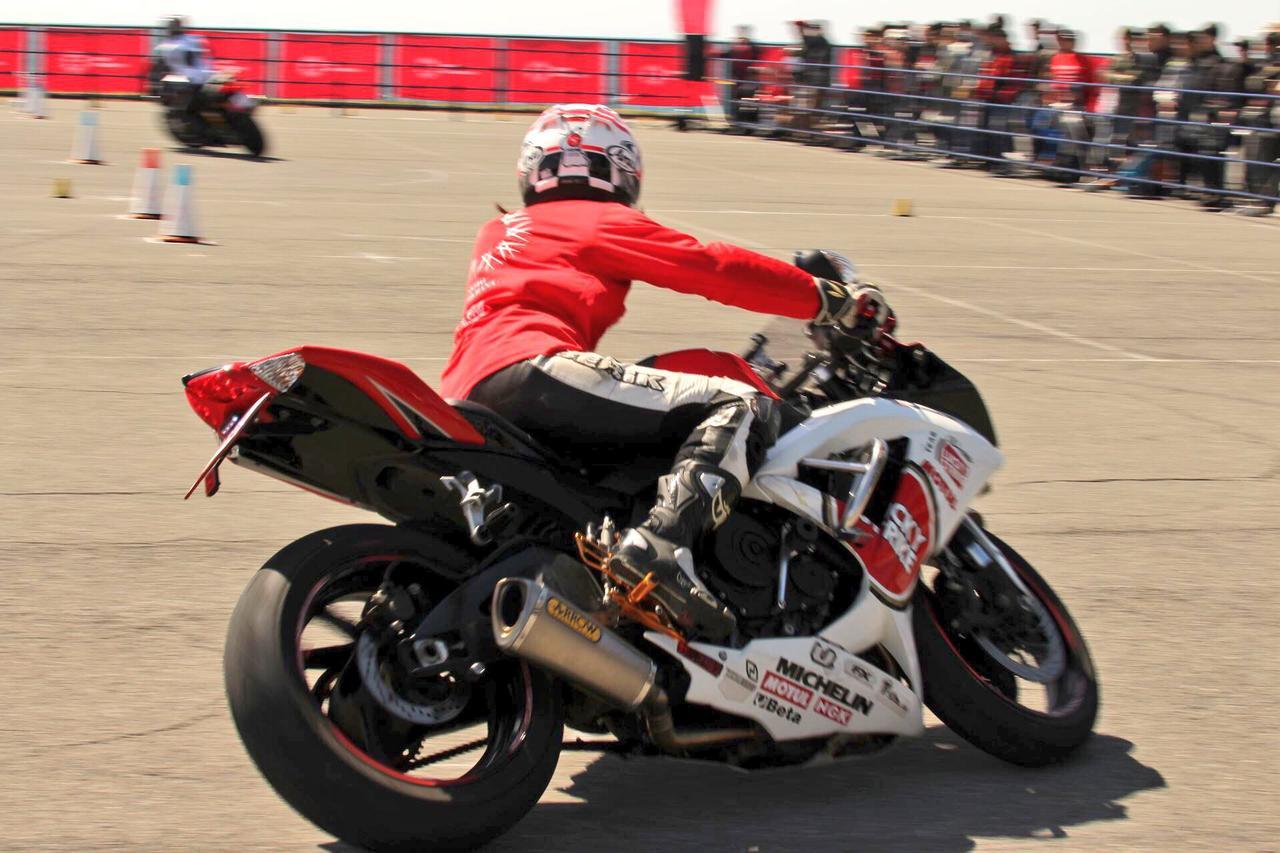 画像3: GSX-R750で「MOTO GYMKHANA」に参加してきました!(モリメグ)