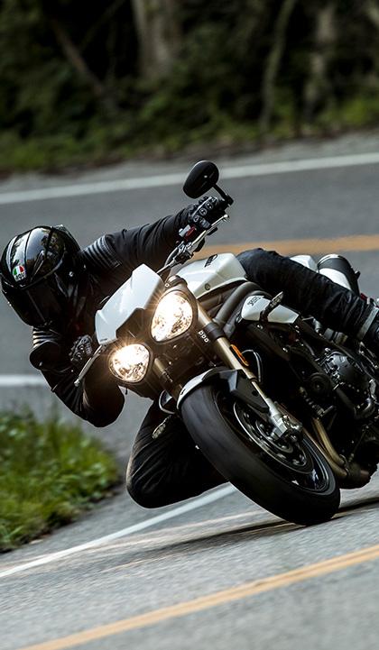 画像: Triumph MotorcyclesのチーフエンジニアStuart Wood のコメント