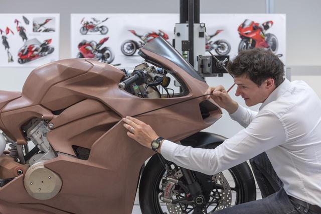 画像2: スーパーバイクに拘り誕生したデザイン
