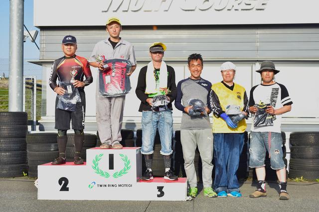 画像: B級表彰台 1位・関根選手、2位・和田選手、3位・井上選手、4位・榎選手、5位・江間選手、6位・加藤選手