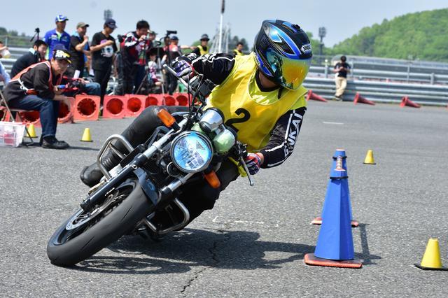 画像: 1位 岡田選手&VTR250 1分32秒745