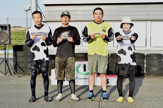 画像: 左からC1級→B級 刑部選手 C2級→C1級 白川選手 NO級→C2級 岡田選手 NL級→C2級 寺崎選手