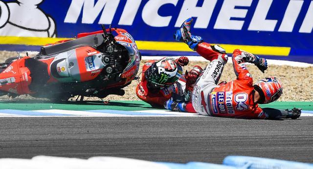 画像: ドゥカティにとっては、ふたりとも転倒という、さんざんなレースとなりました