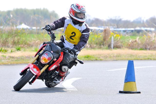 画像: 2015年3月。バイクがこのように立っていて、回転はゆっくり……。(PHOTO:小松信夫)