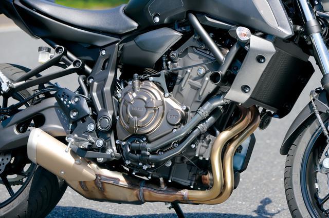 画像: 粘り強いパワー特性を備えて優れた扱いやすさ、コントロール感を実現した688㏄水冷並列2気筒エンジンは、基本的に従来モデルから変わらない。