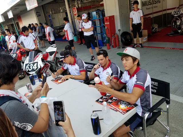 画像: 去年とはまだ違ったチーム体制のハルク。 どんなレースを見せてくれるのか楽しみ!!