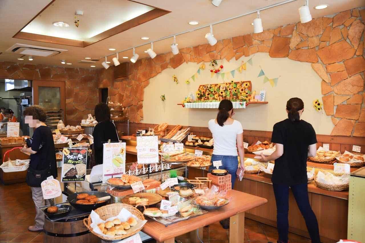 画像: お店の中に入ってみると美味しそうなパンや、可愛いパンがいっぱい(♡︎∀︎♡︎)