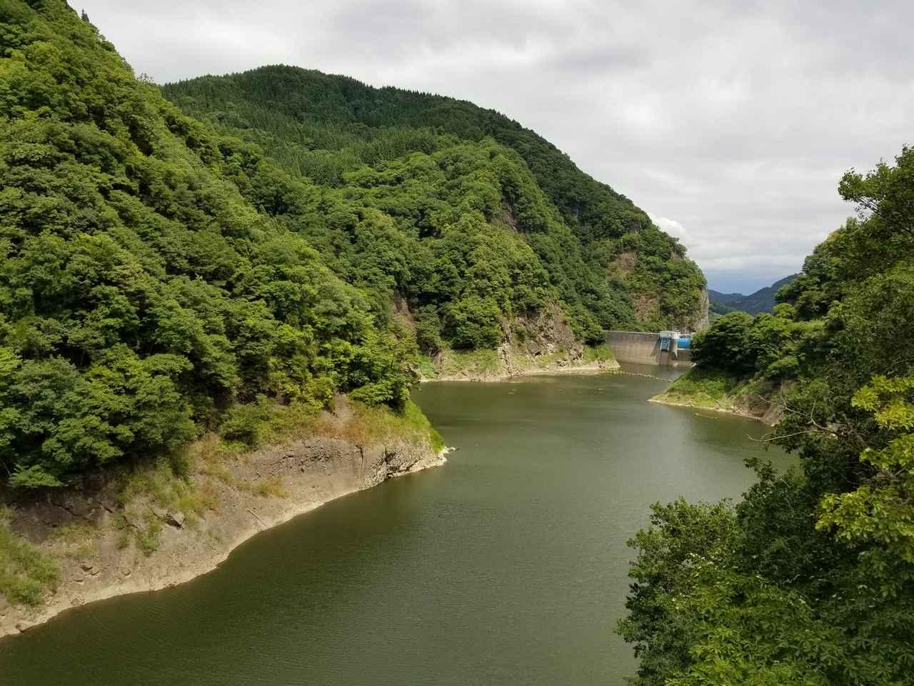 画像: 裾花渓谷。