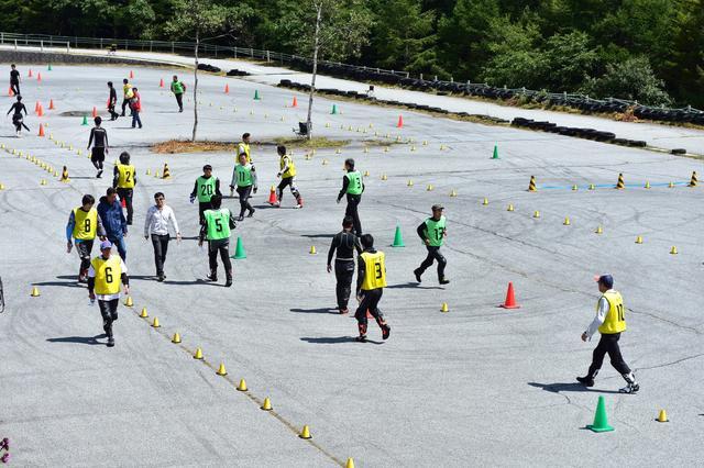 画像2: 初心者の「はじめの一歩」となるジムカーナ大会