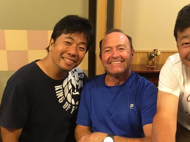 画像: 夕食時、ババ・ショバートさんと! カンゲキ!