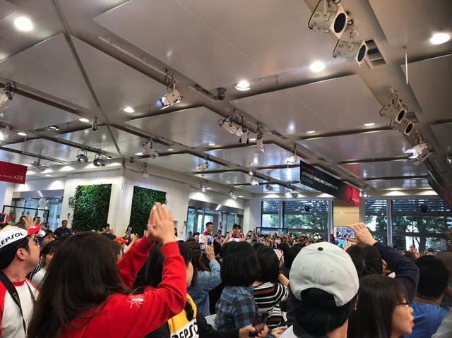 画像4: 「MOTUL 日本グランプリ ファンミーティング」に行ってきました!(梅本まどか)