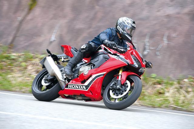 画像: 1100も1300ももちろん良いバイクですがCB1000Rは単純明快に面白いバイクなんです!(伊藤)