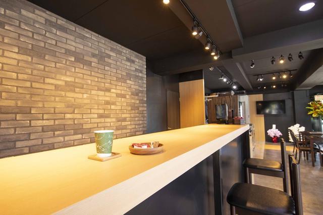 画像2: こだわりのコーヒーを味わいながら カワサキの人気モデルをじっくり見れる