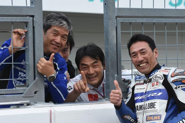 画像: 今日イチ気に入った写真 左から難波さん、吉川ワタル監督、そして藤原ノリダー 80年代中盤からのヤマハエース3人です