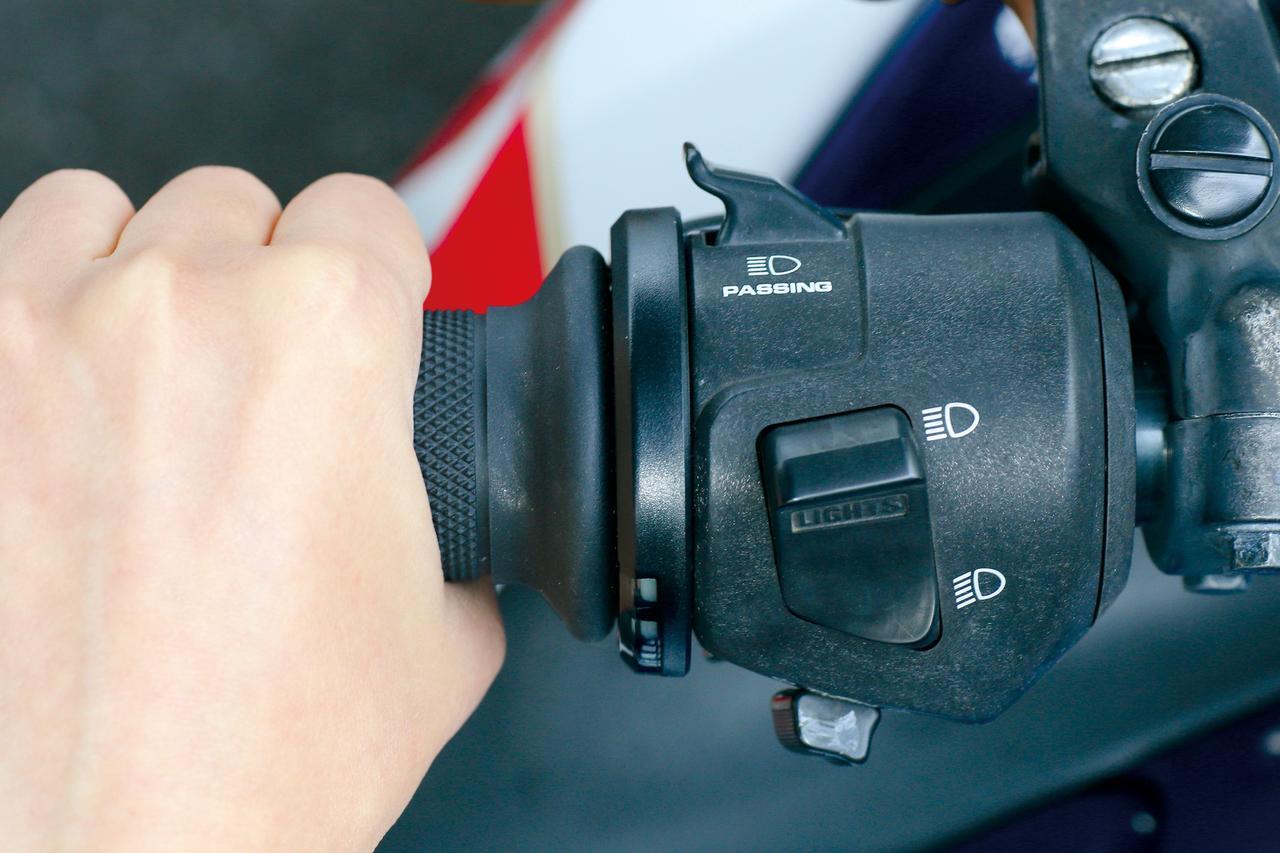 Images : 1番目の画像 - グリップヒーター SP120 - webオートバイ