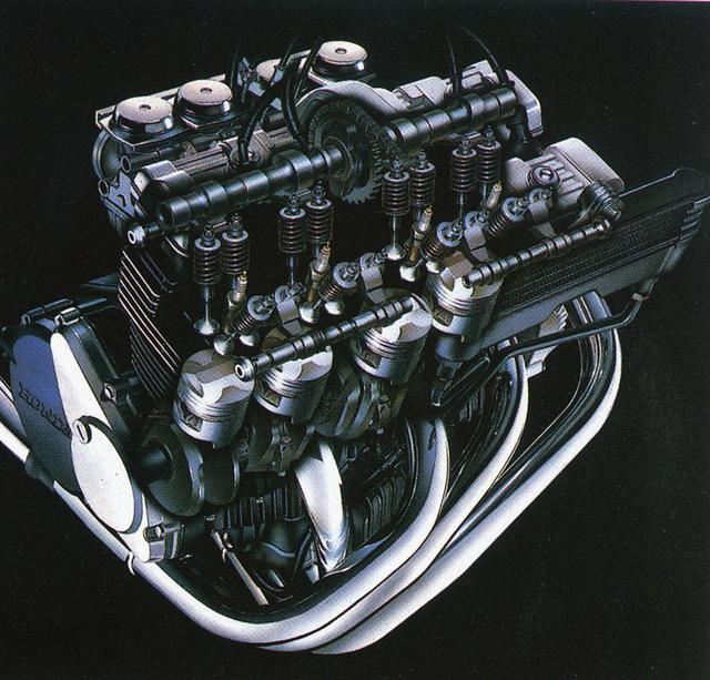 画像: 完全新設計の空冷DOHC4バルブ4気筒エンジン。ホンダ4気筒400㏄は、以降もずっと55×42㎜のボアストローク値を使い続ける。