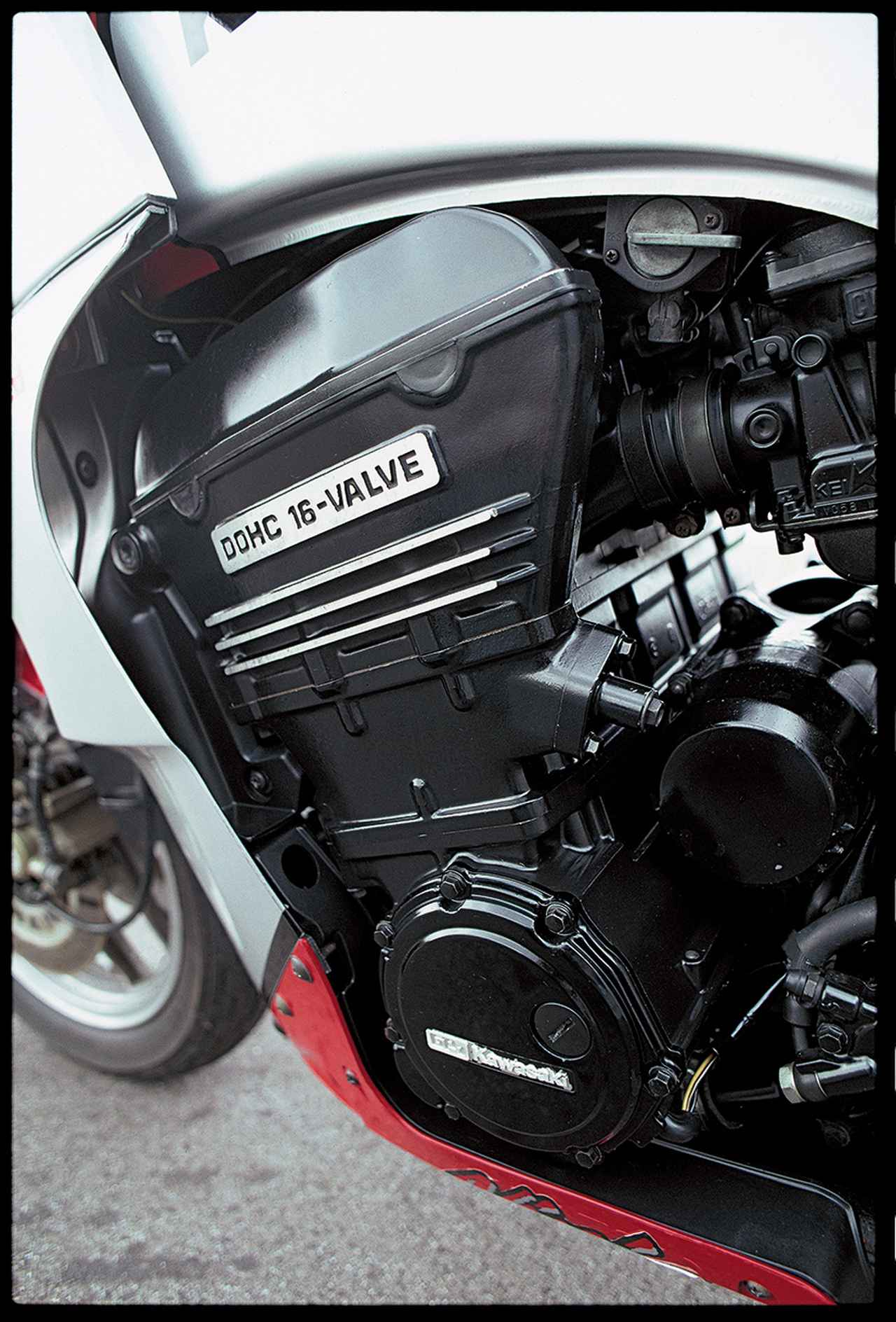 Images : 3番目の画像 - GPz900R NInja - webオートバイ