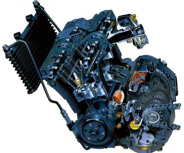 画像: 当時、当たり前になり始めていたハイパワーエンジン=水冷、の図式をひっくり返したオイルジェットピストンクーラー付き油冷方式。