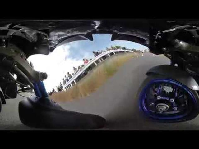 画像: うねうね動く! 「ヤマハ NIKEN」でジムカーナ! 前2輪は、こう動いている! 360度動画でお届け! youtu.be