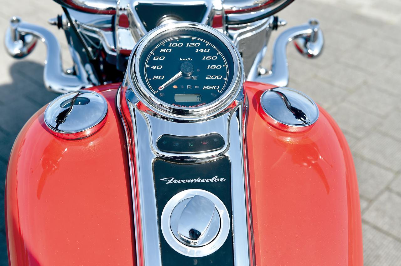 Images : 9番目の画像 - HARLEY-DAVIDSON FREEWHEELER[FLRT] - webオートバイ