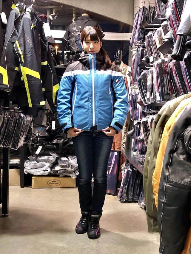 画像: 梅本まどか(身長 163cm)