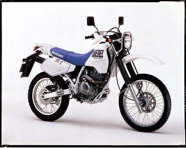 画像: 1992/11 SUZUKI ジェベル250 ●油冷4ストOHC4バルブ単気筒 ●249㏄●29PS/8500rpm ●2.5㎏-m/7000rpm●128㎏ ●80/100-21・110/90-18●43万9000円