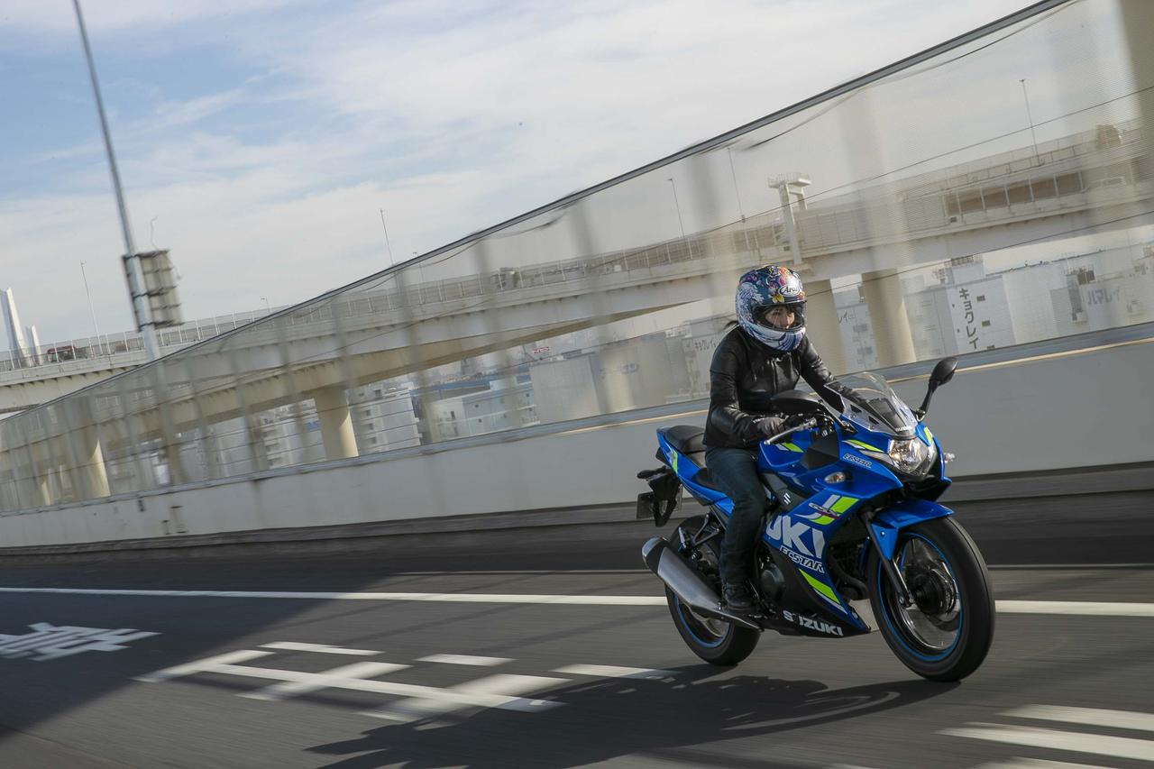 画像: 首都高の湾岸線を通って、都内から横浜へ!