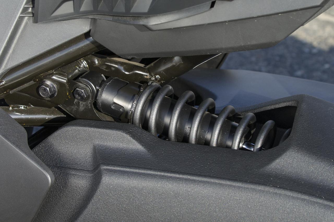 画像: ザックス製サスペンションの Can-Am Ryker(カンナム・ライカー)
