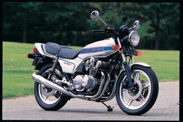 画像: 1975年の免許制度改正をきっかけに、バイクを取り巻く環境が大きく変化していった80年代。レーサーレプリカがブームを巻き起こしているものの、ビッグバイクは雲の上の存在となり、「ナナハン」は特別な存在だった。