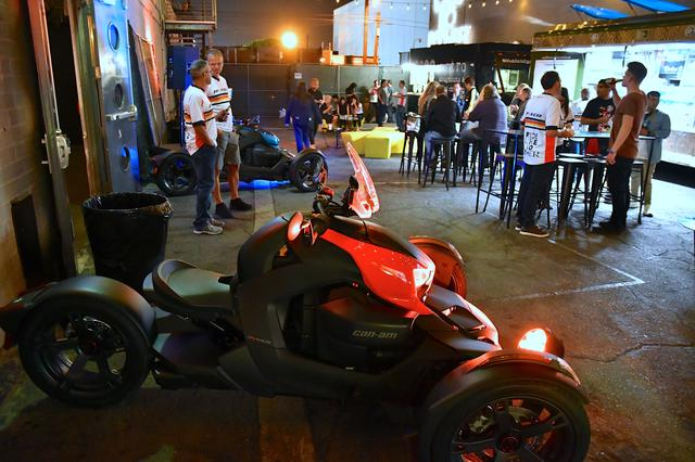 画像2: ヒップスター集まるイーストLAのクラブスペースでローンチパーティ