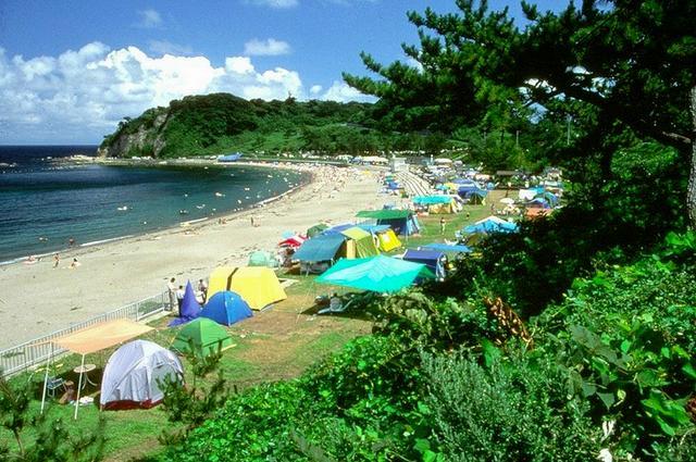画像: 輪島市鳳至町の袖ヶ浜キャンプ場はライダーにも人気の絶景サイト