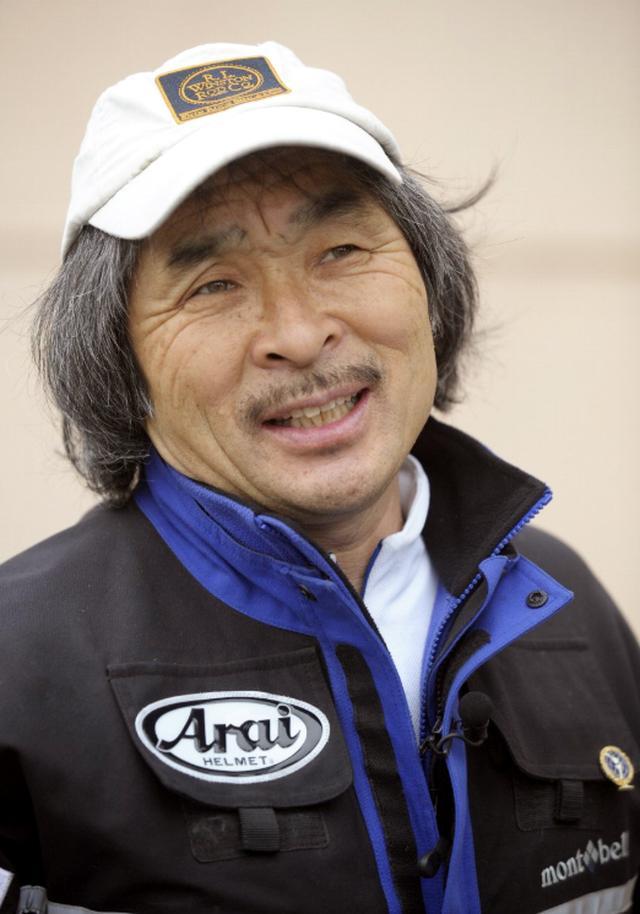 画像: 「輪島モーターサイクル親善大使」に任命された風間深志氏。月刊『オートバイ』編集部に在籍後、パリダカ参戦や、バイクでのエベレスト登攀、北極点到達、南極点到達など偉業を果たす。2013年にSSTR(Sunrise Sunset Touring Rally)を初開催。SSTRはいまでは参加台数3000台の超える日本を代表するツーリングラリーとなった。
