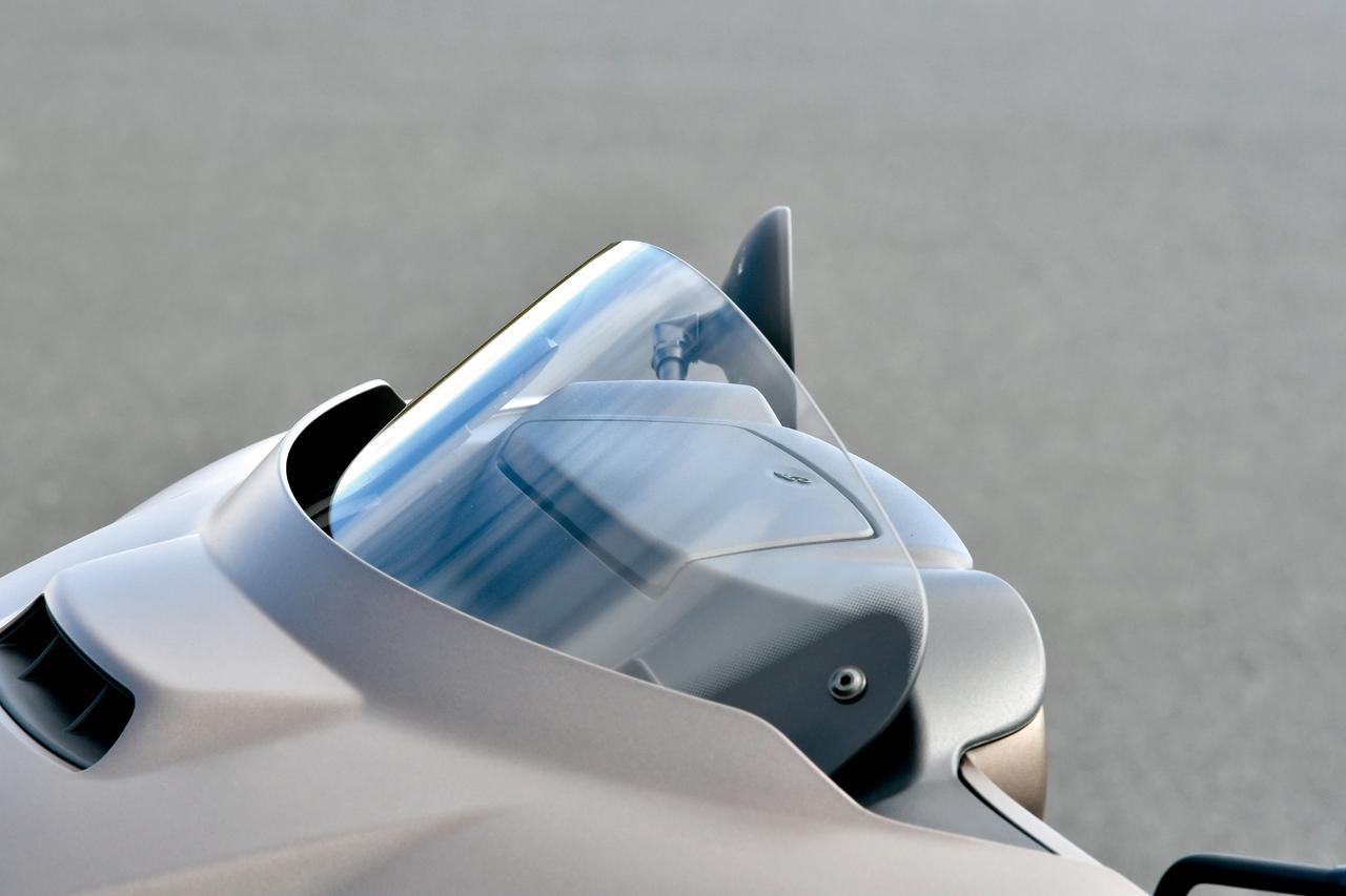 Images : 6番目の画像 - 「最新技術で一層の進化を遂げた最高峰バガーモデル!【INDIAN CHIEFTAIN DARK HORSE】(2019年)」のアルバム - webオートバイ