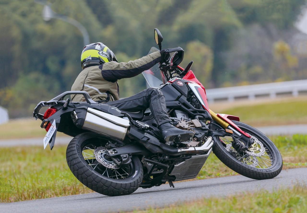 Images : 7番目の画像 - 「アドベンチャーに最適な新世代マルチパーパスタイヤ!【MICHELIN ANAKEE ADVENTURE】」のアルバム - webオートバイ