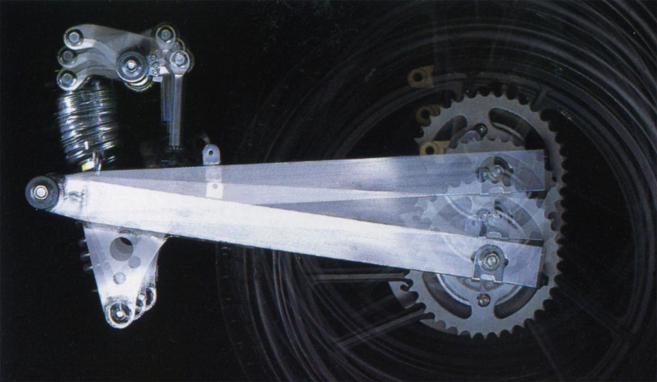 Images : 2番目の画像 - RG250Γ (GJ21A)  1983 - webオートバイ