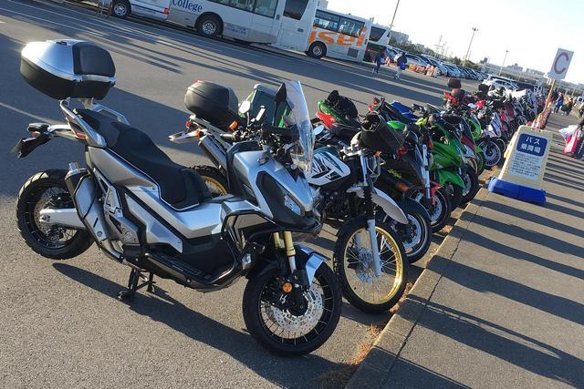 画像: もう一回言います クルマで行くと大変だからね バイクで行こう、バイクで 駐車料金一日200円です!