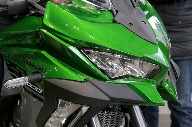 画像8: ・W800 CAFE 参考出品 ・VERSYS 1000 SE 参考出品 ・Ninja H2 SX SE+ 参考出品 ・Ninja ZX-10R SE 参考出品 ・Z400 参考出品 ・Z125 PRO ・Ninja H2 CARBON ・Ninja ZX-6R