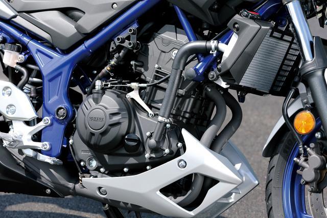 画像: 25、03ともにエンジンはYZF-RシリーズのDOHCツインをそのまま継承。パワースペックも36PS/42PSとクラス最強のままだ。