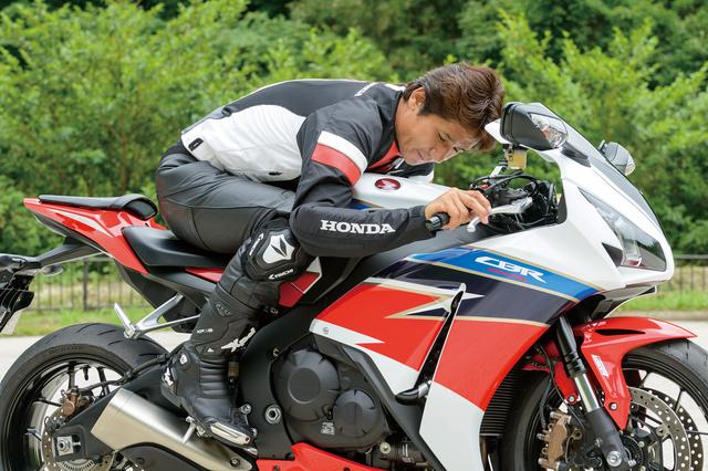 画像1: 現行モデルの登場時、レース仕様の印象は…市販車とは真逆だったかな(伊藤)