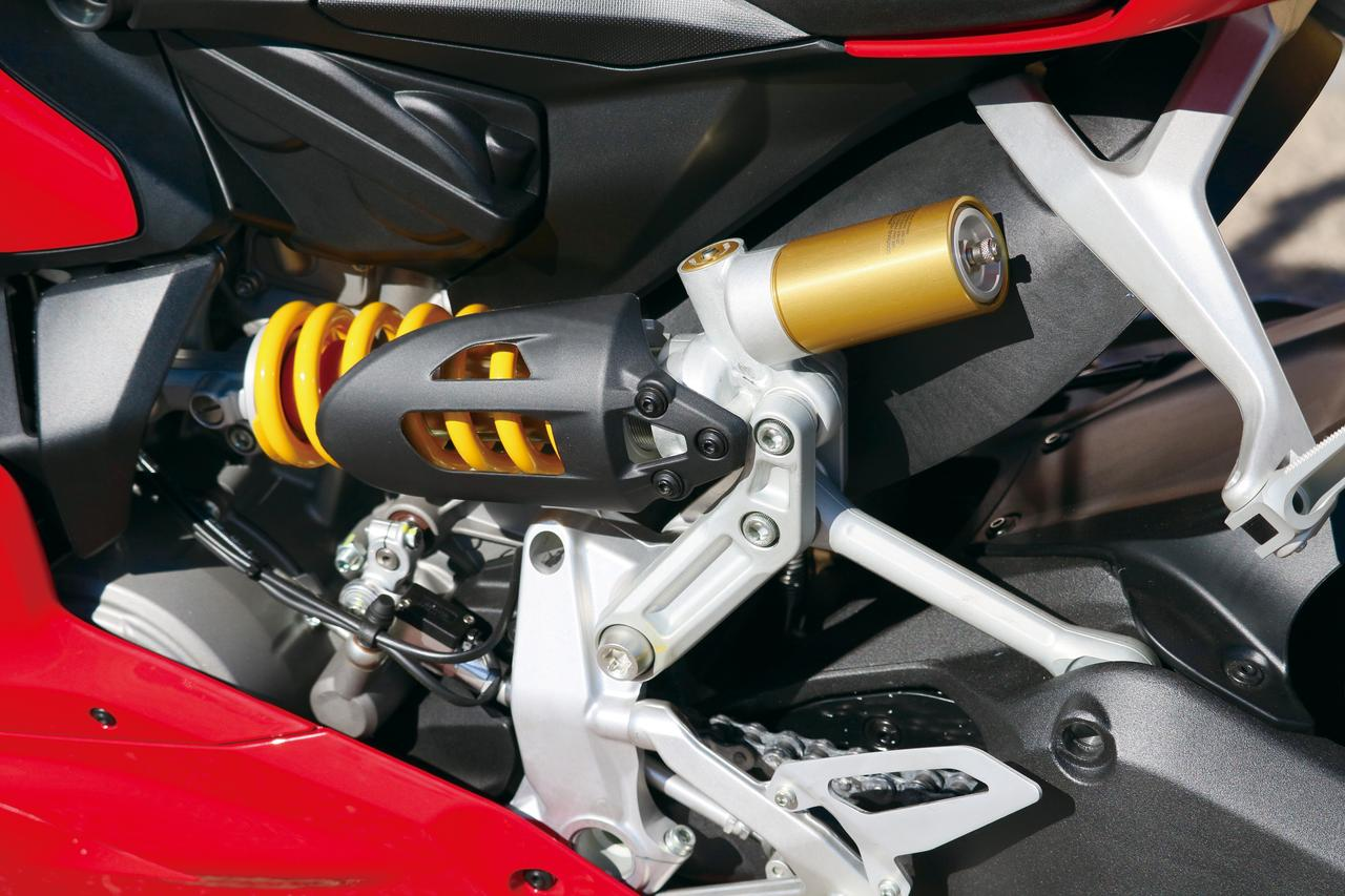 Images : 8番目の画像 - 「排気量拡大で更なる進化!史上最強のミドルパニガーレ【DUCATI 959 PANIGALE】(2016年)」のアルバム - LAWRENCE - Motorcycle x Cars + α = Your Life.