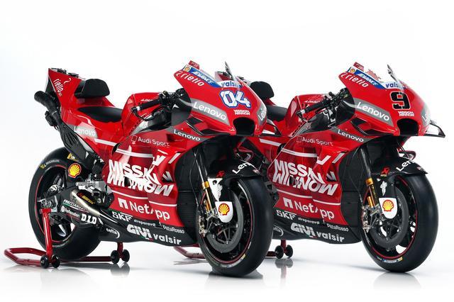 画像2: <MotoGP> ドゥカティ、いちばん乗り! ~2019年マシンとライダーお披露目~