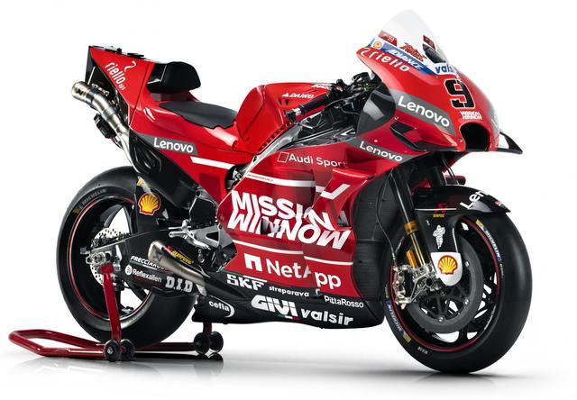 画像4: <MotoGP> ドゥカティ、いちばん乗り! ~2019年マシンとライダーお披露目~