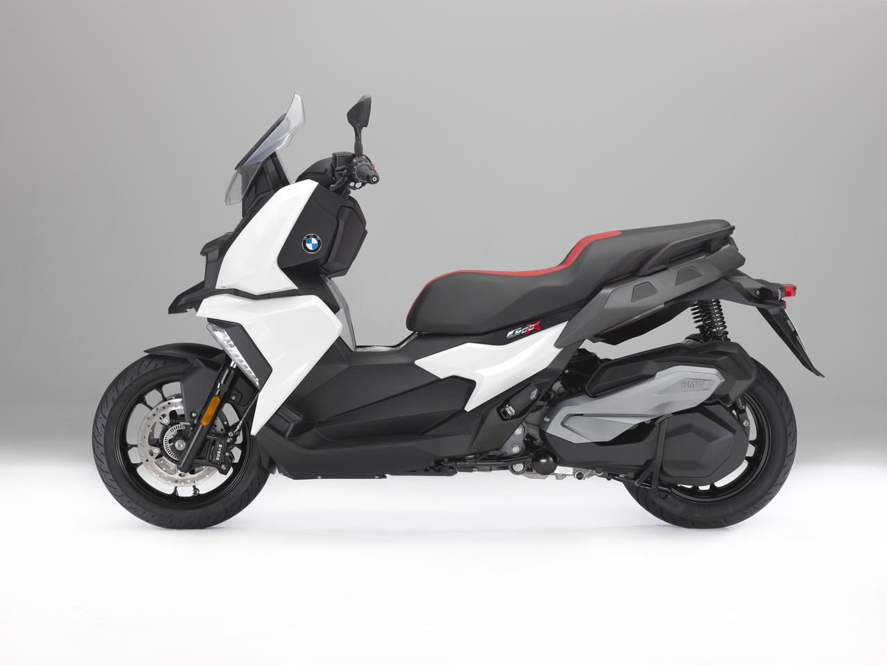 Images : 2番目の画像 - BMW C 400 X - LAWRENCE - Motorcycle x Cars + α = Your Life.